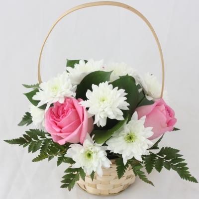 корзинка с цветами фото